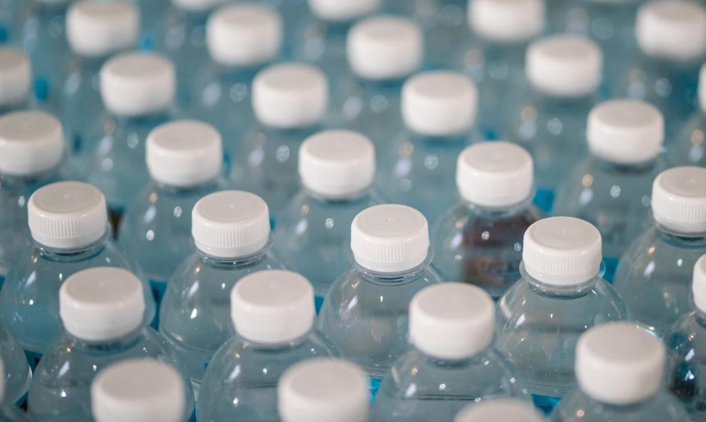 Des microplastiques  dans le lac Saint-Charles?